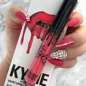 "💋Kylie Cosmetics ""Party Girl"" Lipstick Lip Kit💋"